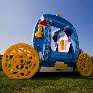 Lego built princess carriage on Instagram, celebrating Royal Wedding of Prince Harry and Meghan Markle
