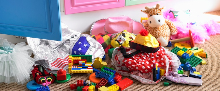 messy_room_toys.jpg