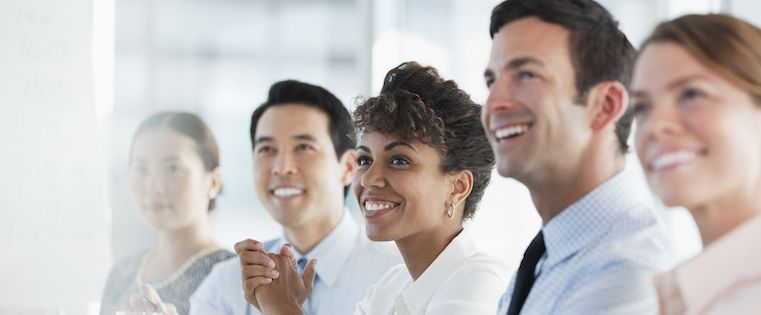 6 Ways to Work Together to Achieve Sales and Customer Service Alignment