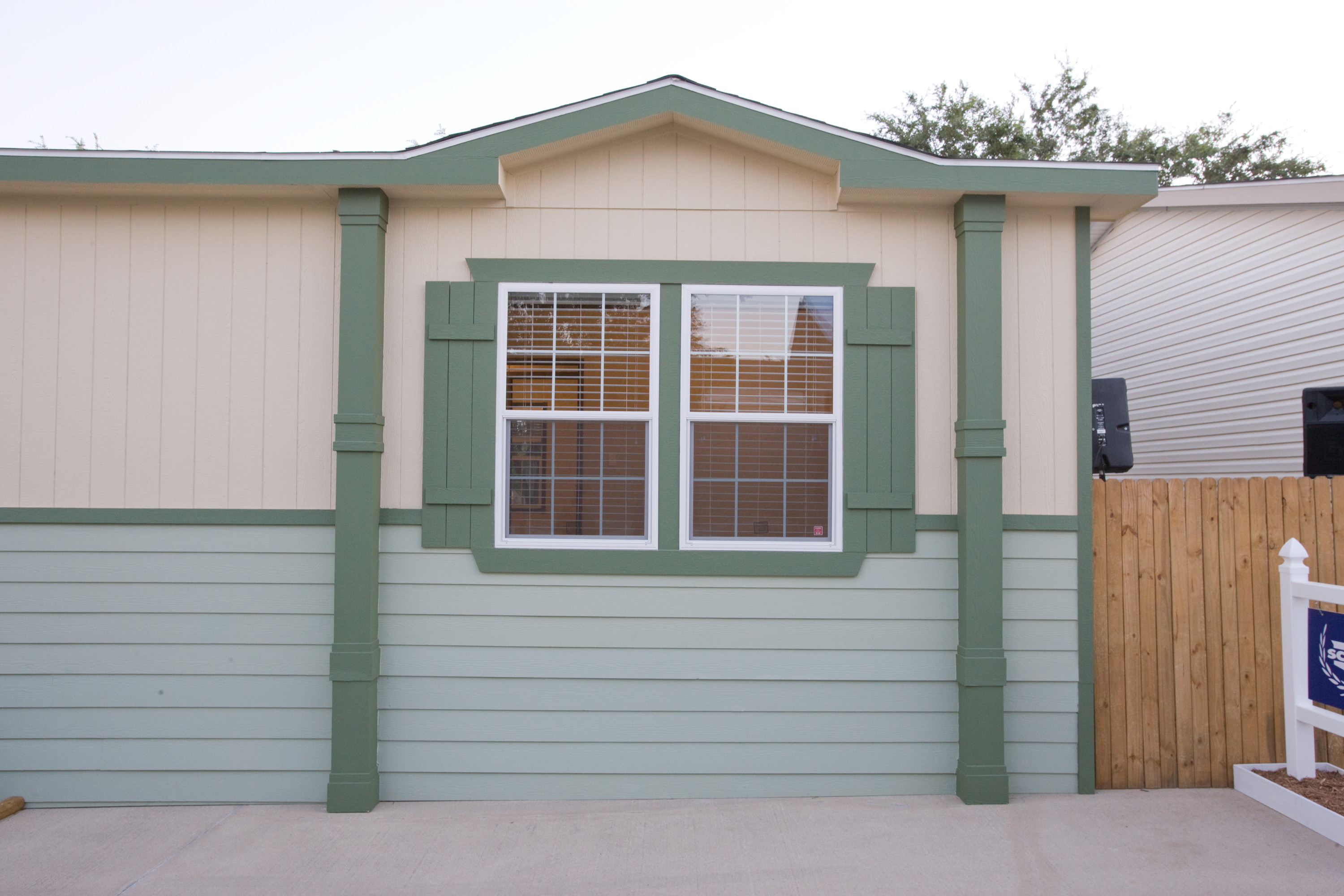 How To Maintain Your Manufactured Or Modular Home Siding