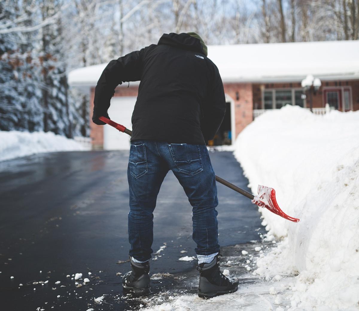 Snow Shoveling: Tips & Tricks to Make the Job Easier