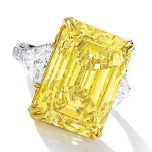 30.16-carat-Fancy-Vivid-Yellow-diamond-Sothebys1