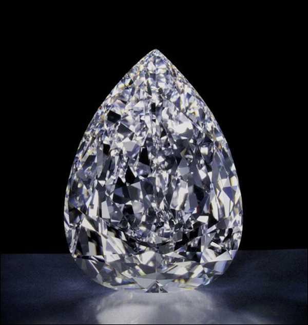 Cullinan-colorless-diamonds