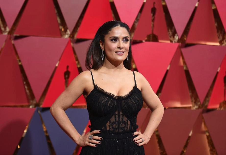 Salma Hayek Oscars Jewelry