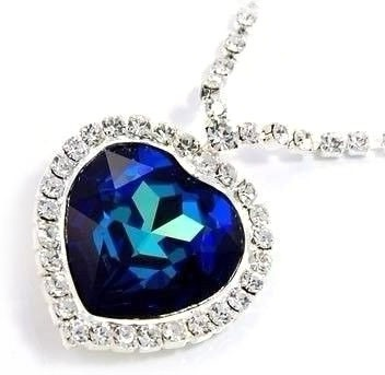 heart-of-eternity-blue-diamonds