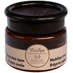 With rejuvenating Bulgarian jogurt: Eco Spa