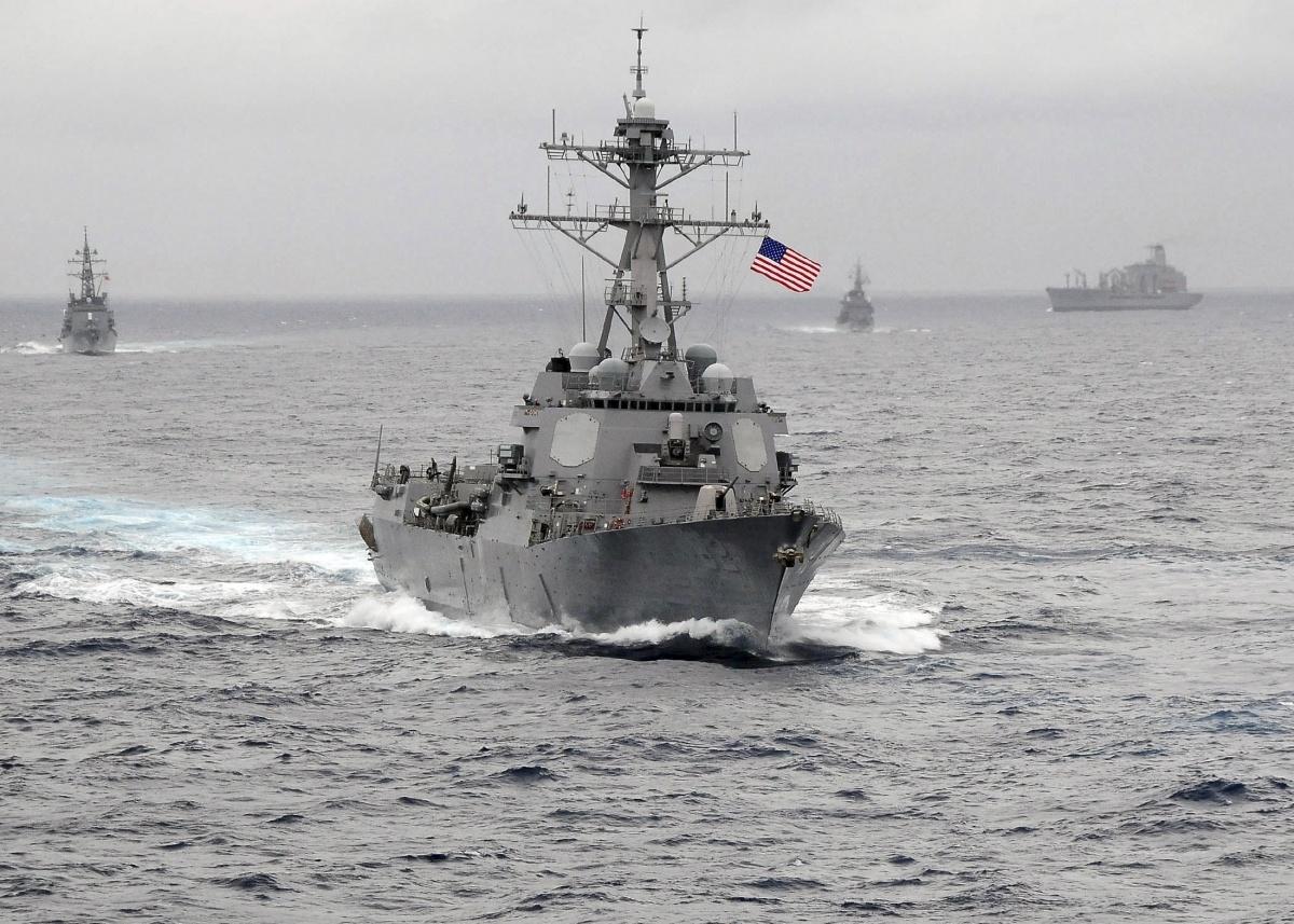 USS Lassen raising South China Sea tension worries shippers