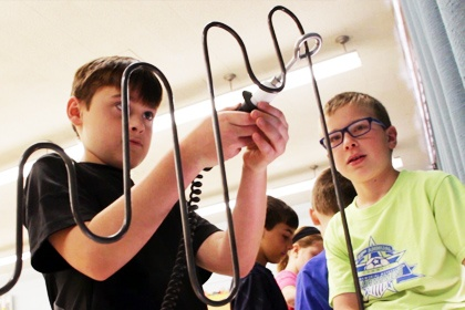 Test your nerves and learn about electricity at Kidz Science Safari - STEM for Kids