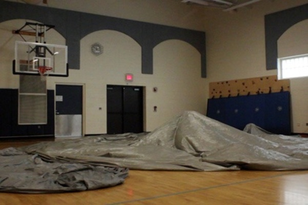 Inflates in under an hour - turn your school into a planetarium!