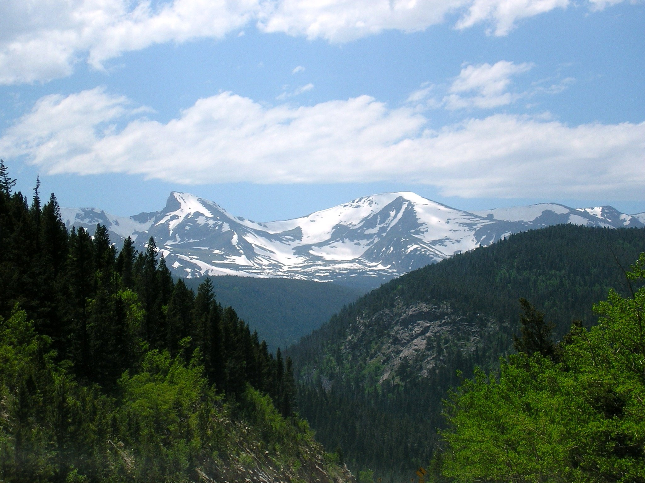 Colorado_rocky_mtns.jpg