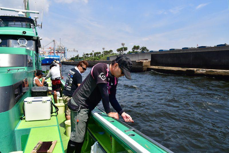 【東京湾の餌木タコ(エギタコ)入門】鶴見の岸壁の近くで釣る
