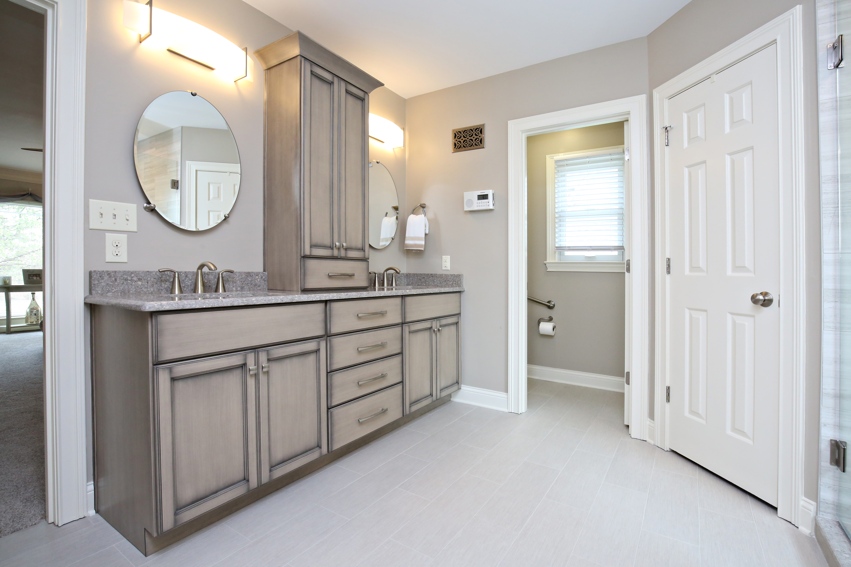Bathroom Remodeling   Louisville Handyman & Remodeling