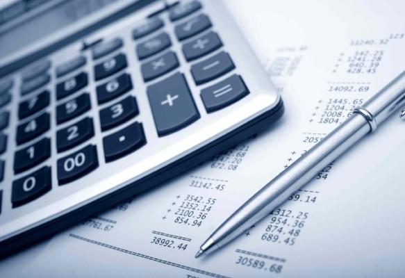 budgeting-122294-edited.jpg