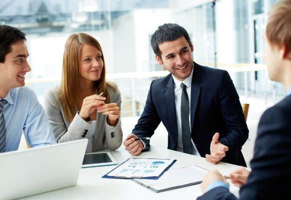 choosing-the-right-it-consulting-company-305144-edited.jpg