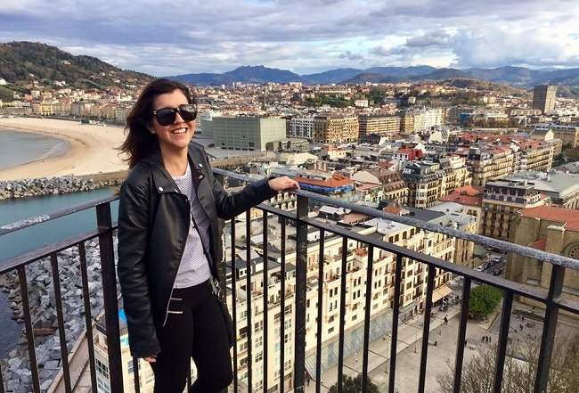 Christina shares how to get a visa to teach English in Spain