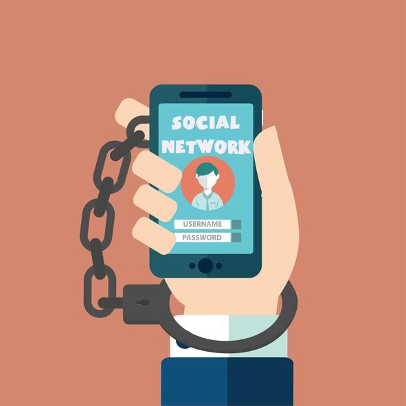 iStock-524164378-smartphone-addict.jpg