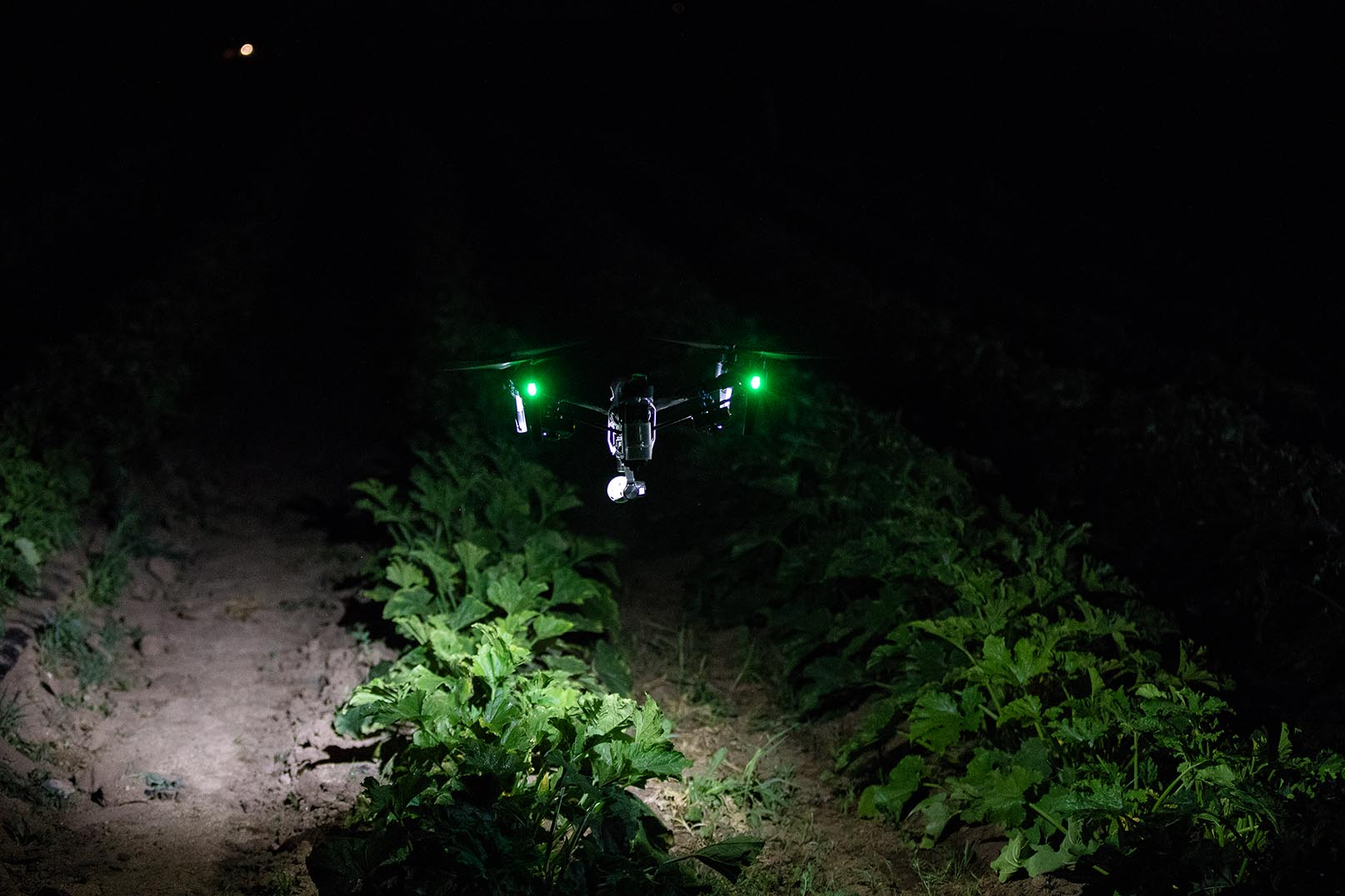 Drone equipped wit 2 FoxFury Rugo R1S to inspect weather damaged crops