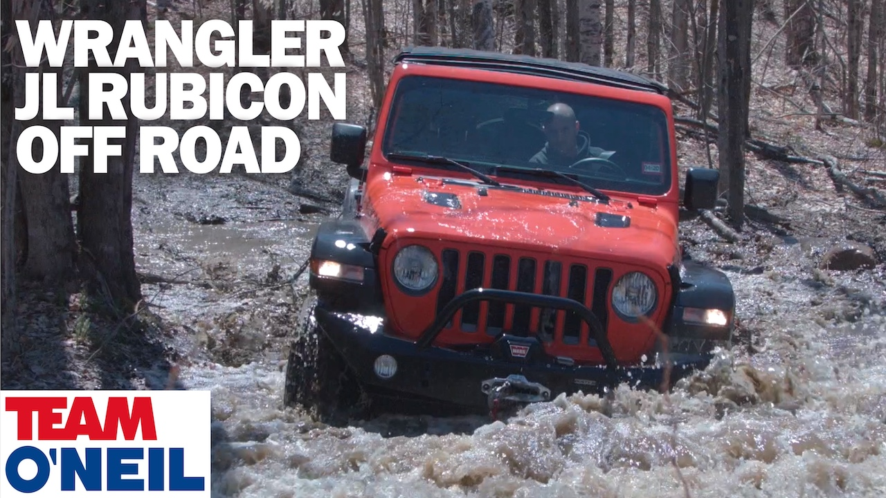 Jeep Rubicon driving through water