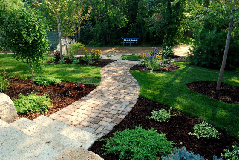 Minnesota landscape renovations from heins nursery for Landscape renovations