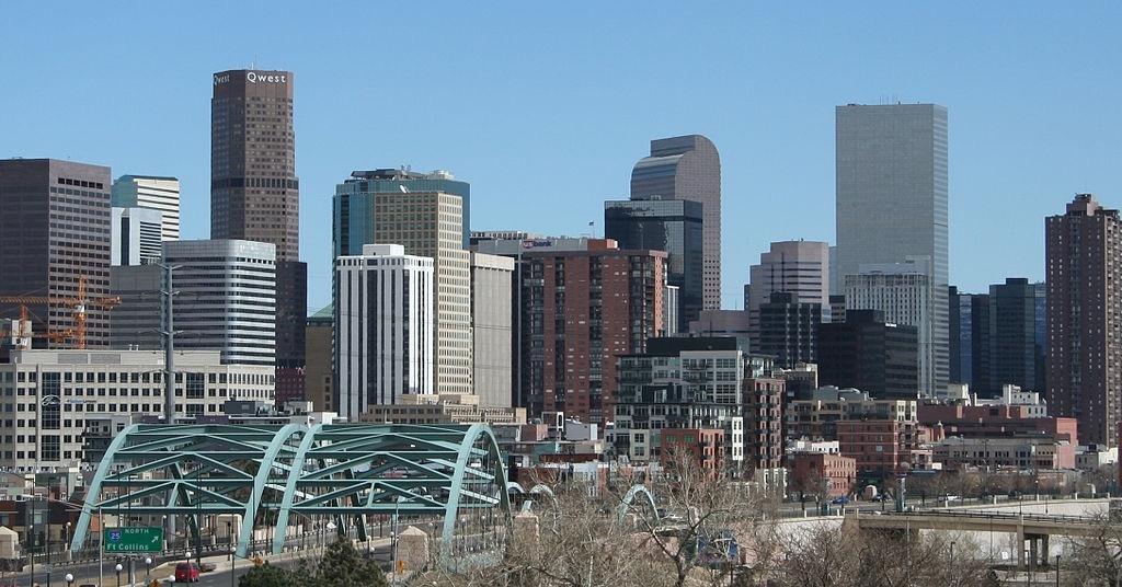 I-25 in Denver 104 car pile-up