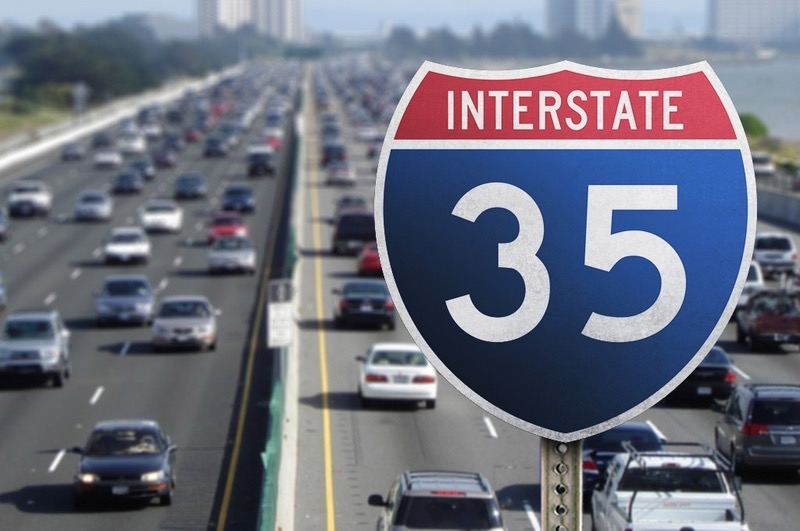 I-35 San Antonio, Texas | Huge Traffic Collision
