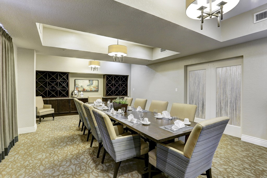 kingwood-private-dining-room