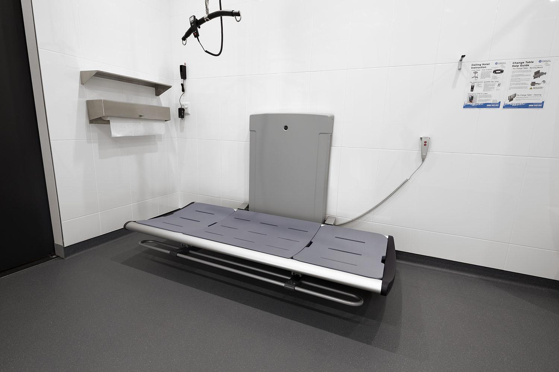 Pressalit Nursing Bench
