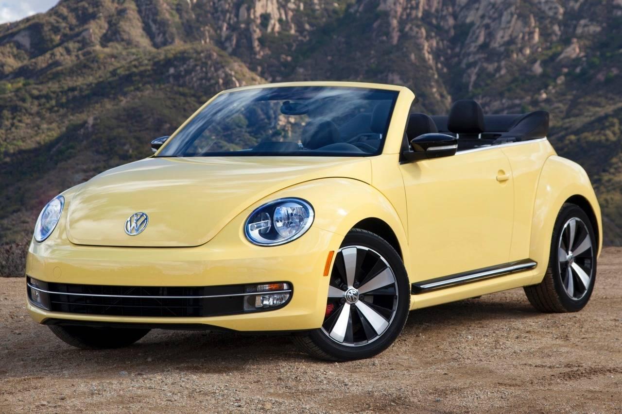 2013_volkswagen_beetle-convertible_convertible_25l-pzev_fq_oem_1_1280.jpg