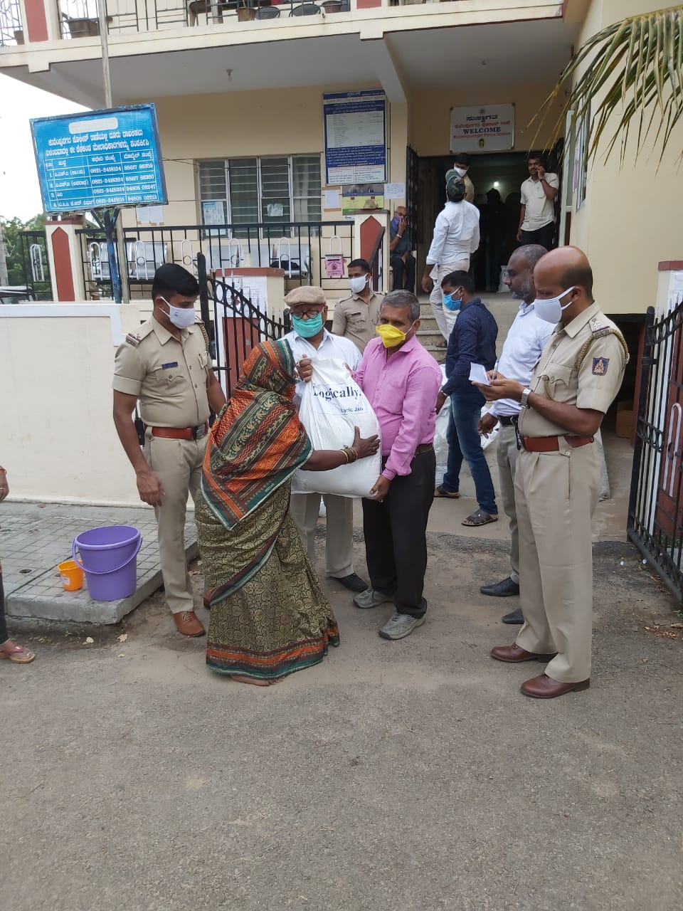 Logically Donate Food to Vulnerable Communities in Mysore