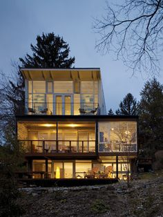 Modern Shipping Container Homes dropbox inc. beautiful shipping container homes around the web